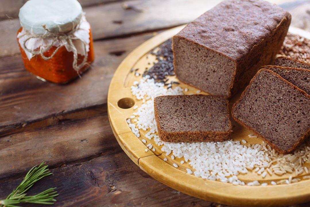 Хлеб без добавления дрожжей прекрасно усваивается организмом, тем самым улучшая ...